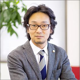 代表弁護士 臼坂 富士彦